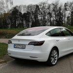 Tesla-Model-3-probefahrt-heckansicht