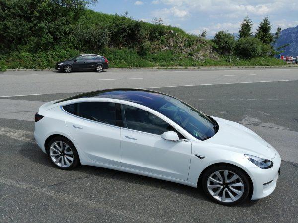 Weiden-Tesla-Model-3-mieten